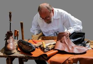 shoemaker-845229_1920